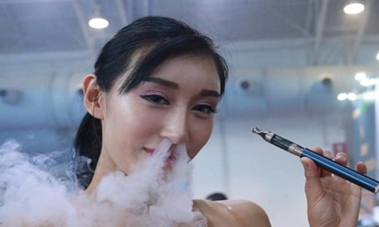 السيجارة الإلكترونية واختلافات حول مضارها وفوائدها
