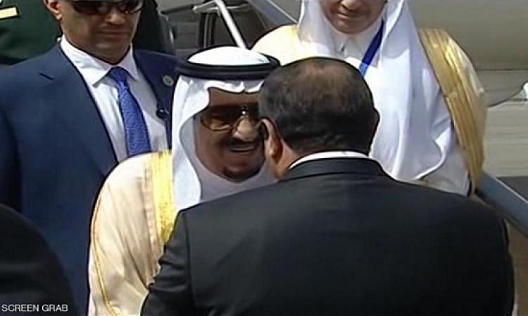 العاهل السعودى يصل القاهرة والسيسى على رأس مستقبليه