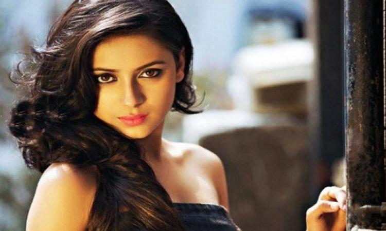 انتحار النجمة الهندية براتيوشا بانيرجى لأسباب عاطفية !!