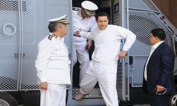 بالصور .. وثائق بنما تفضح علاء مبارك : العميل فائق الخطورة !!
