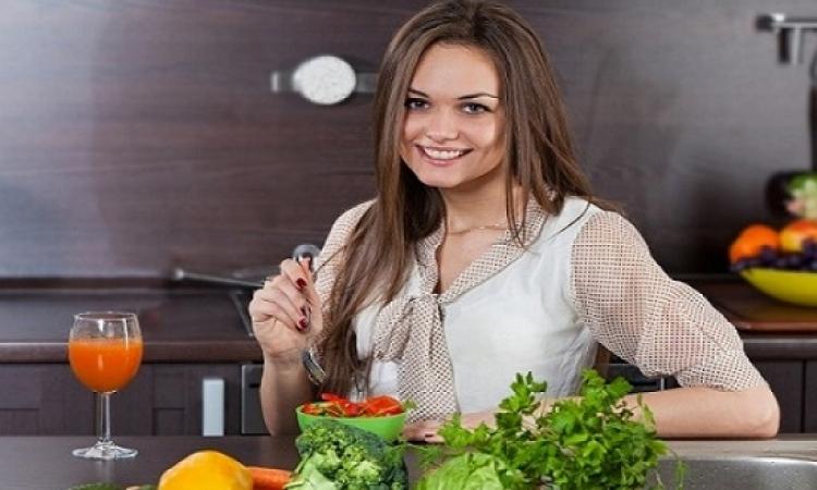 تعرفي على أفضل 8 نصائح لخسارة الوزن بدون حرمان