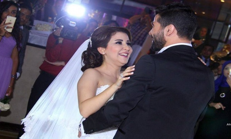 بالتفاصيل .. صديقة علياء عساف تكشف تفاصيل طلاق أم الشحات