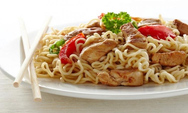 طريقة عمل النودلز اللذيذة الحارة من المطبخ الماليزى