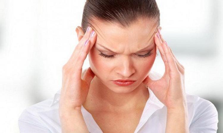 7 مؤشرات تدل على أنك تعانين من الضغط العصبى !!