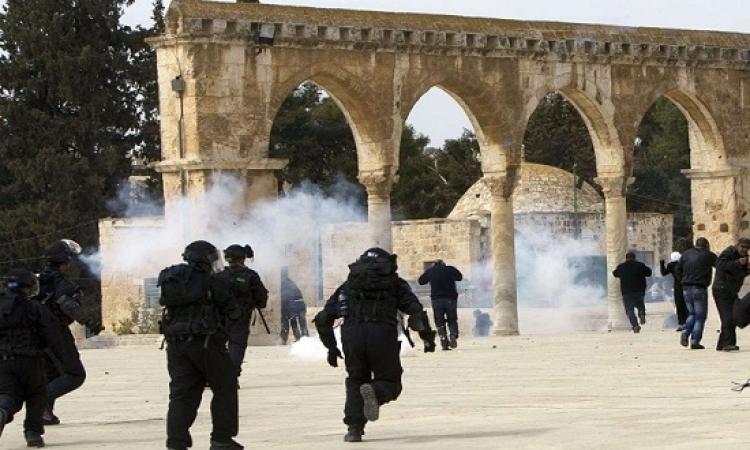 مواجهات فى المسجد الأقصى بين المصلين والشرطة الإسرائيلية