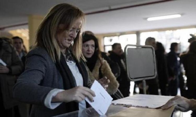 انطلاق الانتخابات البرلمانية الاسبانية وتوقعات بفوز اليسار