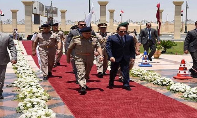 السيسى: جهد القوات المسلحة فى بناء الدولة لا يقل عن تحرير الأرض