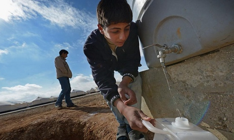ابتكار آلة تحول البول إلى ماء نقى باستخدام الطاقة الشمسية