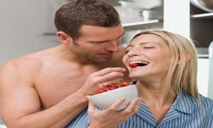 للمتزوجات .. لا تتناولى هذه الأطعمة قبل العلاقة الحميمة!