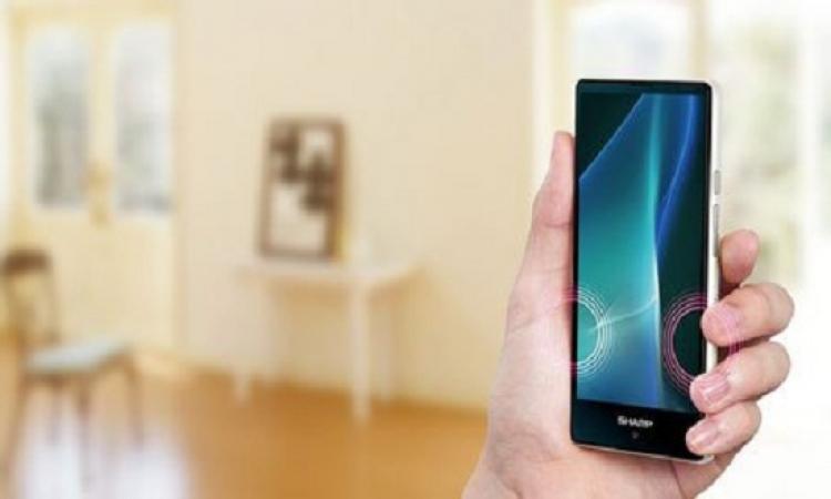 """بالصور.. """"شارب"""" تطلق هاتفا ذكيا جديد بمواصفات متطورة"""