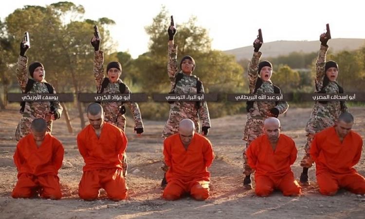 بالفيديو والصور .. أطفال داعش يعدمون الأسرى ( للكبار فقط )