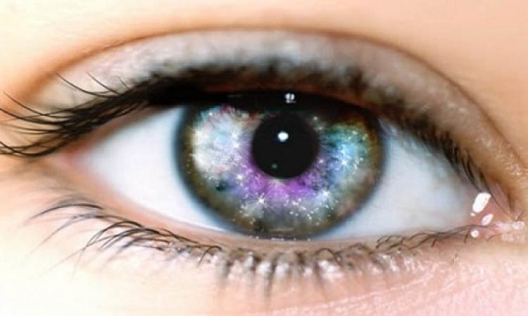 مرضى جفاف العين يقرؤون بشكل أبطأ