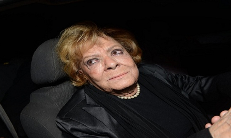 تحسن الحالة الصحية للفنانة نادية لطفى بمستشفى قصر العينى