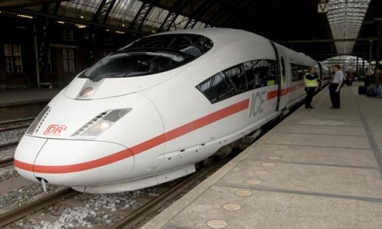 إصابة 60 شخصًا جراء تحطم قطار بفرنسا