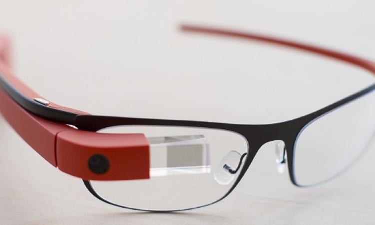 نظارة خشبية مصرية تنافس Google وتحوز جائزة رسمية