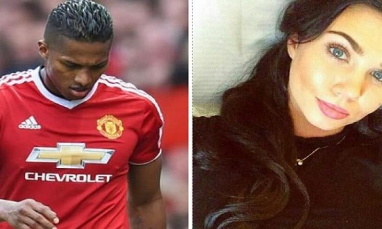 بالصور .. فضيحة جنسية لفالنسيا نجم مانشستر يونايتد