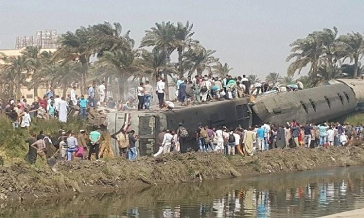 5 وفيات و 27 مصاباً فى خروج 3 عربات من قطار إسوان عن القضبان بالعياط