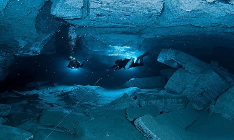 اكتشاف أعمق كهف تحت سطح الماء فى العالم