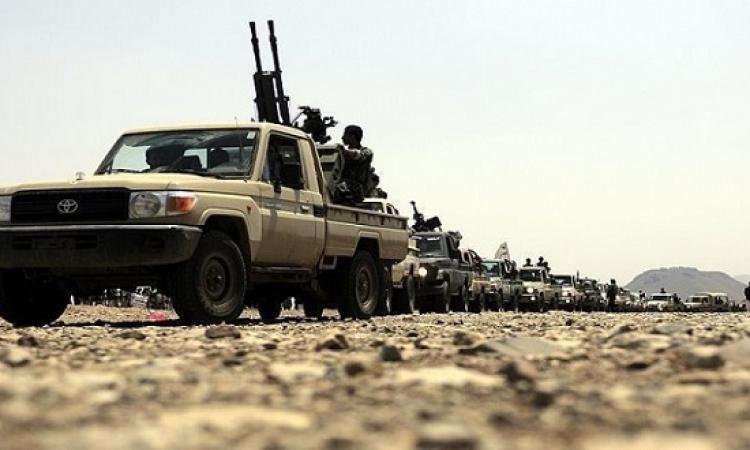 الجيش اليمنى يقتحم معسكر خالد غرب تعز