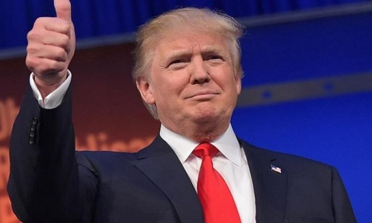 ترامب يقلص الفارق مع كلينتون لنقطتين فقط
