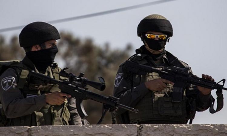 إسرائيل تفرض إغلاقاً شاملاً على الضفة وغزة