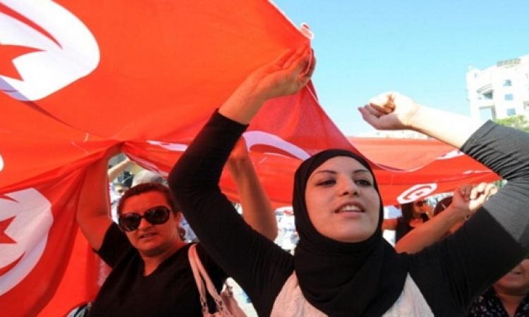 التونسيون يتجاهلون دعوات التظاهر خشية الفوضى .. اتعلموا !!