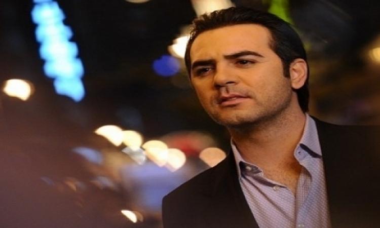 إحالة وائل جسار للنيابة لحيازته 50 ألف دولار