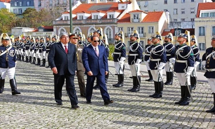 بالصور .. استقبال حافل للسيسى بمقر البرلمان البرتغالى