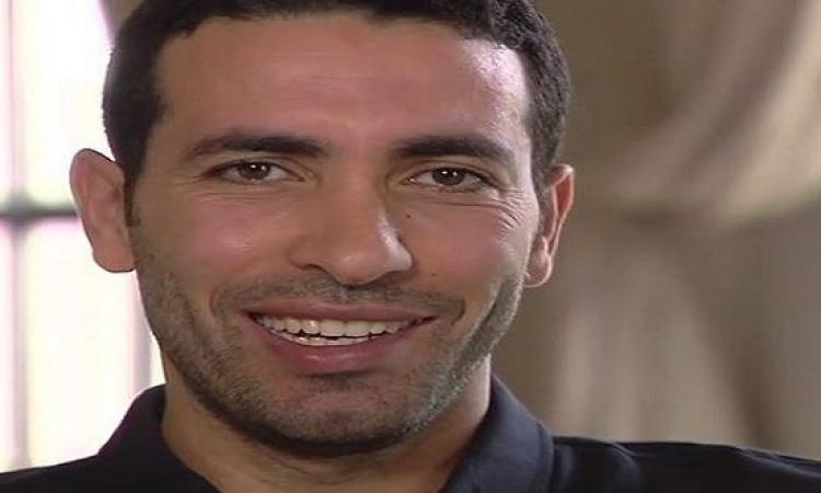 بالصور.. أبو تريكة ينشر صورته مع تشافى معلقا: انتظرونا فى رمضان