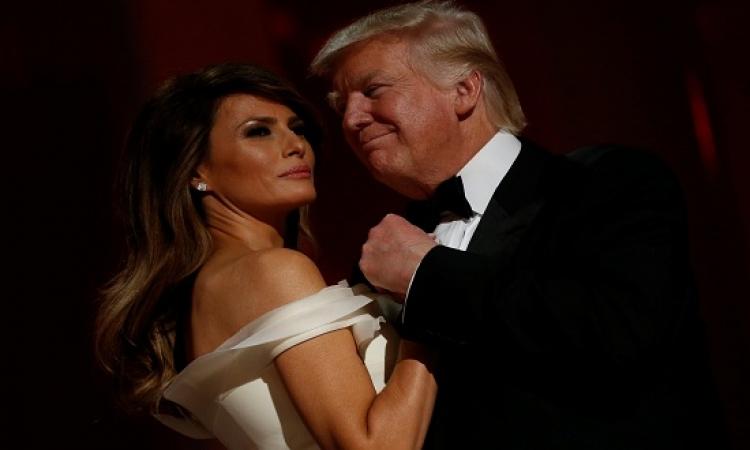 بالفيديو والصور .. الرئيس الأمريكى يراقص زوجته فى حفل التنصيب