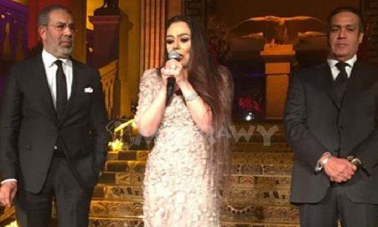 بالفيديو .. شيريهان تبكى فى إعلان عودتها للفن