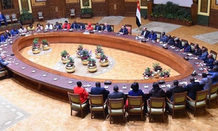 بالصور .. السيسى يؤكد لوفد الصحفيين والإعلاميين الأفارقة حرص مصر على دعم التنمية فى الدول الافريقية