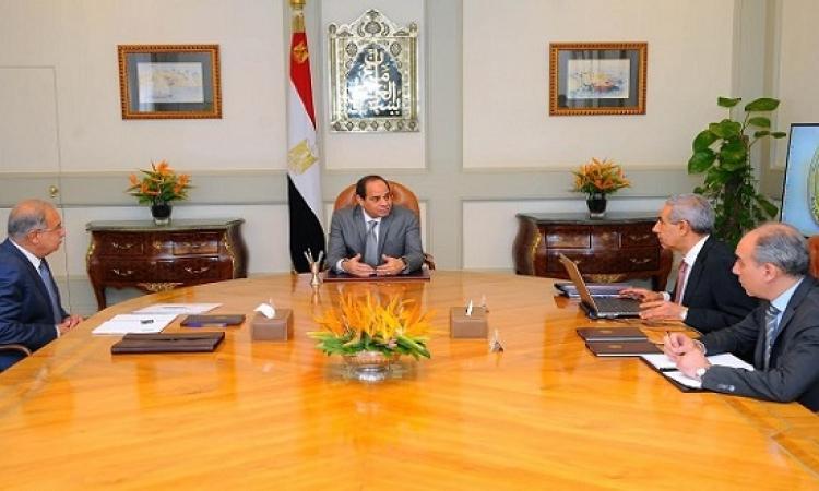الرئيس السيسى يجتمع مع رئيس الوزراء ووزير التجارة والصناعة