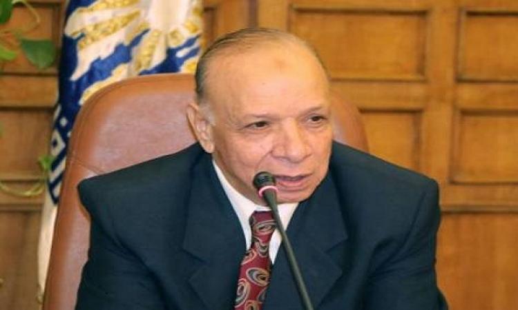 """""""القاهرة"""" تبدأ تنفيذ مبادرة """"شراء القمامة"""" من المواطنين بمصر الجديدة"""