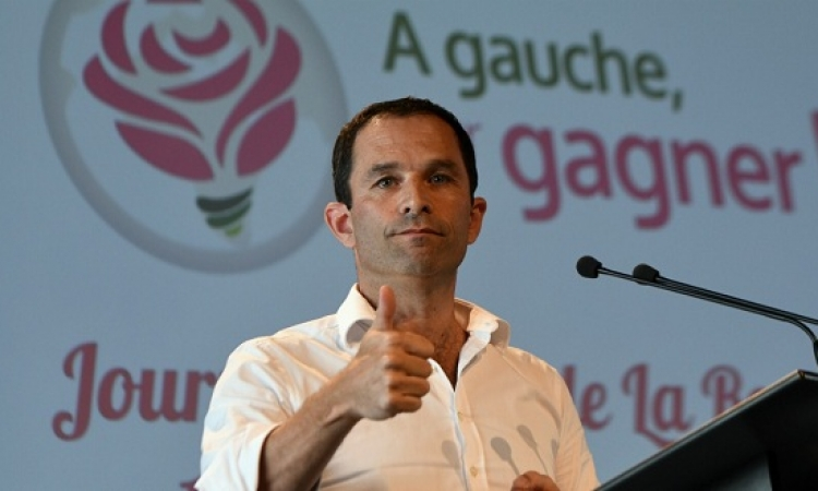 مرشح لرئاسة فرنسا: اتعهد بالاعتراف بدولة فلسطين حال انتخابى