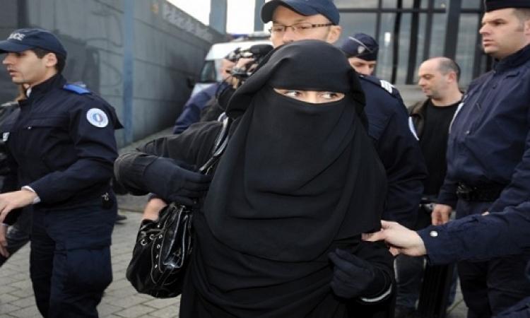 أول قرار من المحكمة الأوروبية حول ارتداء الحجاب