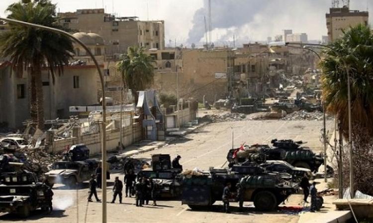 القوات العراقية تواصل احكام سيطرتها على حى المنصور غرب الموصل