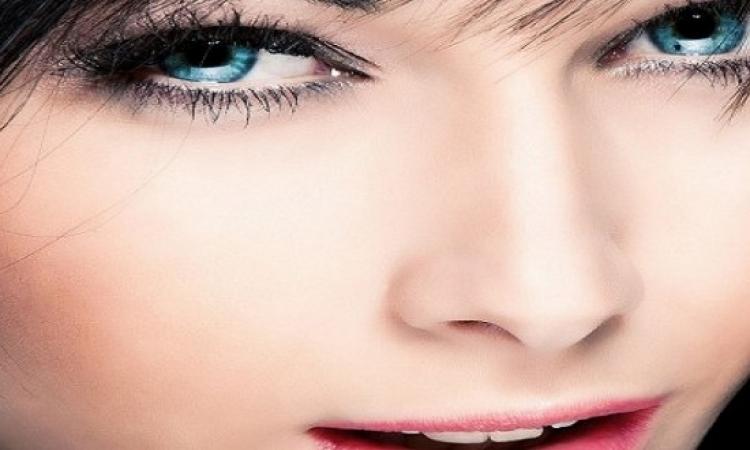 كيف تحصلين على عيون صافية ولامعة كالكريستال؟
