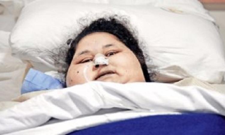 """حجز """"إيمان المصرية"""" بالعناية فى مستشفى بأبو ظبى تحت رعاية 20 طبيبا"""