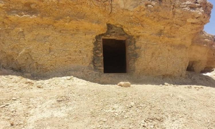 القبض على 3 تكفيريين واكتشاف مخابئ للارهابيين وسط سيناء