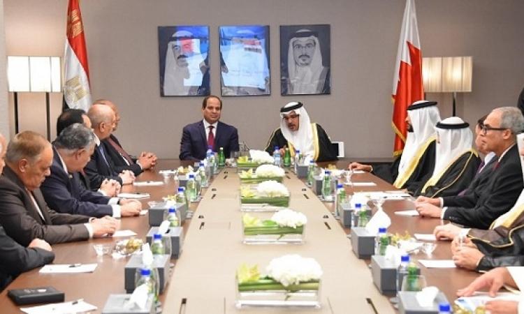 الرئيس السيسى يقوم بزيارة مقر مجلس التنمية الاقتصادية فى البحرين