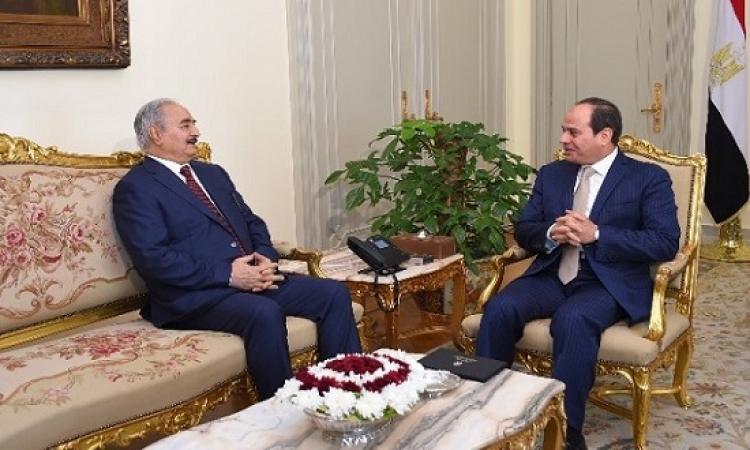 الرئيس السيسى يستعرض آخر التطورات فى لبييا مع المشير خليفة حفتر