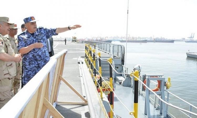 بالصور .. حجازى يتفقد عدداً من منظومات التسليح بالقوات البحرية