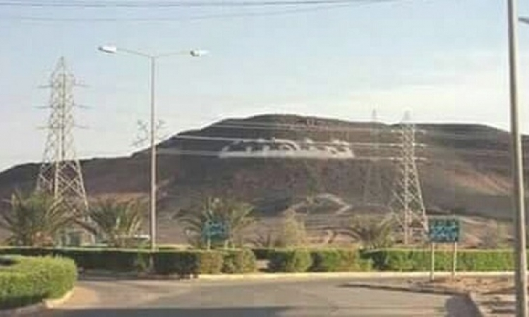 الجيش الليبى ينجح فى السيطرة على قاعدة تمنهنت