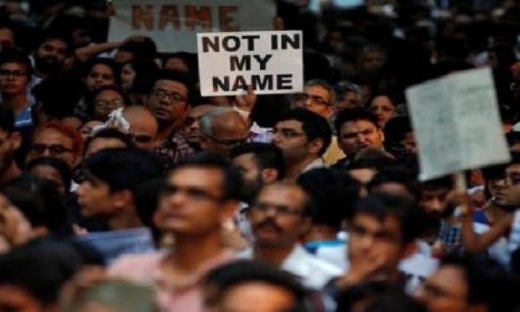 احتجاجات فى أنحاء الهند بعد هجمات على مسلمين بسبب الأبقار