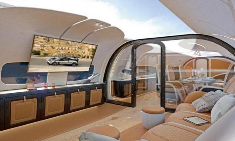 بالصور .. أول طائرة ركاب بسقف شفاف !!