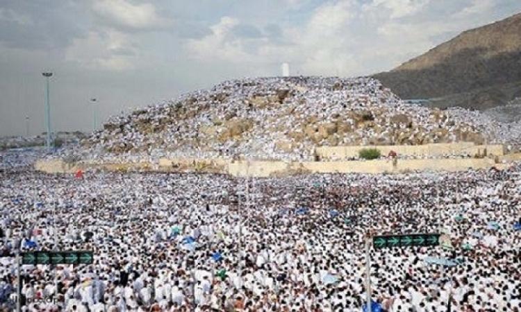 مليونى ونصف مليون من ضيوف الرحمن يقفون على عرفات لتأدية الركن الأكبر من الحج