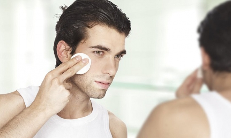 مستحضرات التجميل تؤثر سلباً على خصوبة الرجال