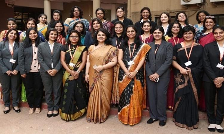 مبادرة دراسة دولية فى الهند فى مجال الإدارة