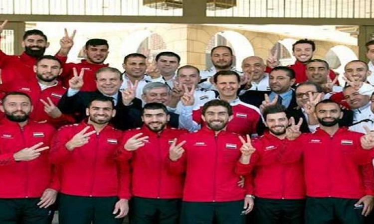 الأسد يكرم لاعبى المنتخب السورى